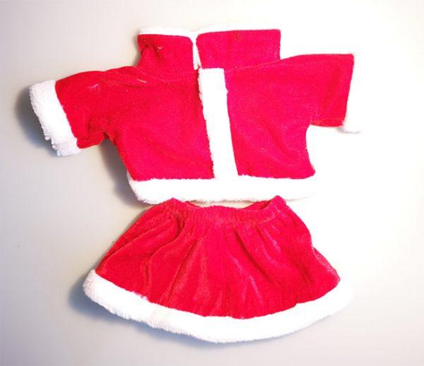 Et fint sæt nissepige tøj til din bamse så den bliver juleklar